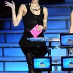 เซเลบริตี้ระดับฮอลลีวู้ดผู้ใช้ผลิตภัณฑ์ของแสปงซ์ เจสซิก้า อัลบา สวยสง่าในงานประกาศรางวัล MTV Video Music Awards ด้วย บราเลลูย่า (Brallelajah)